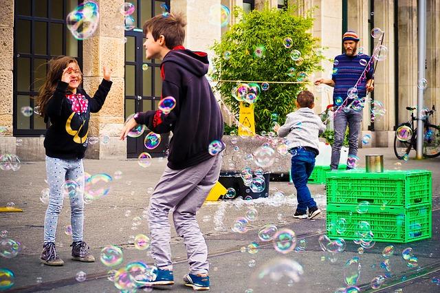 איך לארגן יום כיף עם הילדים במרכז?