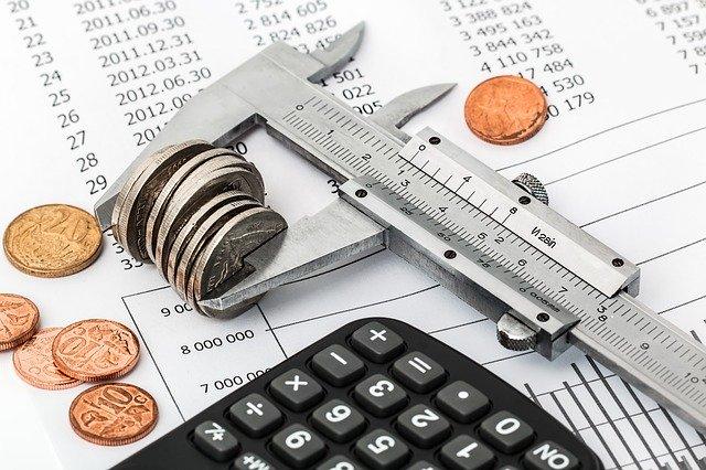 איך לחסוך בהוצאות של העסק