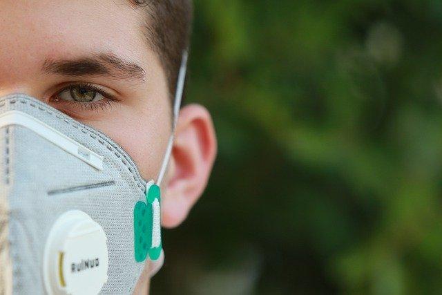 כיצד משפיעה מחלת הקורונה על דרכי הנשימה?