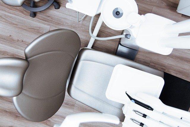 טיפולי שיניים: איך לחסוך כסף מבלי להתפשר על האיכות